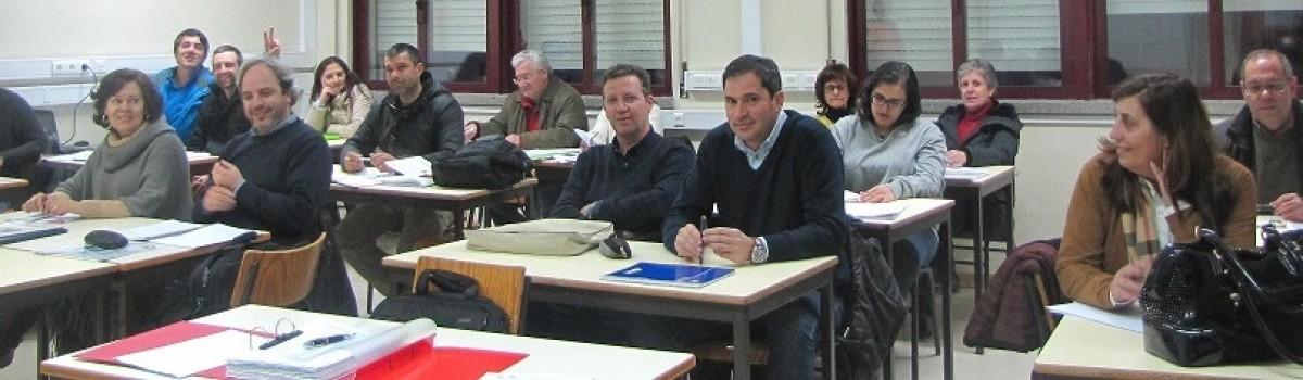 Lideranças intermédias e os Planos de Formação das Escolas
